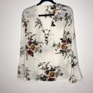 Entro Floral Deep V Ring Detail Bell Sleeve Blouse